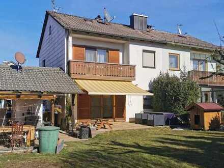*Familien aufgepasst* Renovierte und sanierte Doppelhaushälfte mit Garten