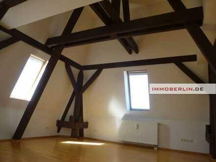 IMMOBERLIN.DE - Toplage! Vermietete individuelle Wohnung in exzellentem Sanierungszustand