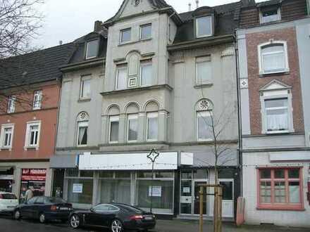 Freundliche 3,5-Zimmer-Wohnung mit Balkon in Duisburg-Friemersheim