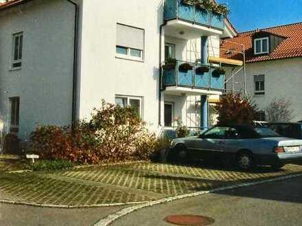 Attraktive 2-Zi.-Wohnung mit EBK und Terasse