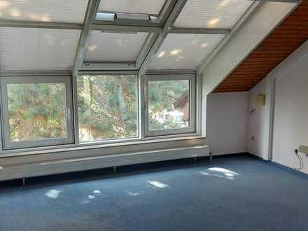 Günstig gelegene Praxis- und Büroräume 90qm in Mainzer Oberstadt provisionsfrei zu vermieten