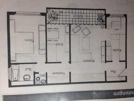 Gepflegte 3-Zimmer-Wohnung mit Balkon und Einbauküche in Frankfurt am Main