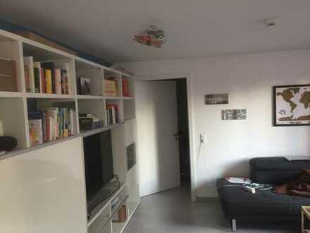 Stilvolle 3,5-Zimmer-Erdgeschosswohnung neuwertig mit Terrasse und EBK in Ehningen