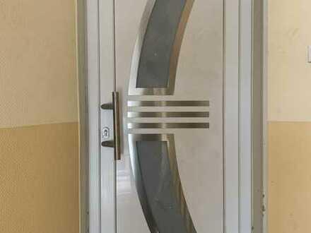 Erstbezug nach Sanierung: freundliche 6-Zimmer-Wohnung in Kirn