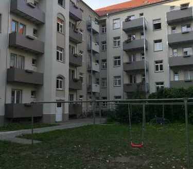 Wohnfreundlicher Grundriss! 2- Zimmerwohnung im Altbau