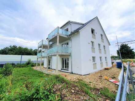 2 Zi. DG-Wohnung mit Balkon. KfW55. Top Anbindung nach MUC und IN!