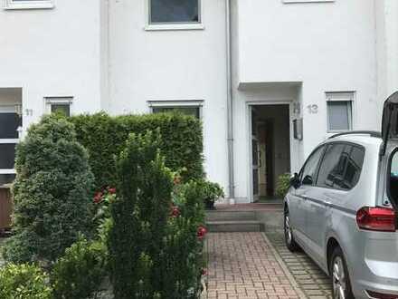 Gepflegtes Reihenhaus mit fünf Zimmern und EBK in Oggersheim-Melm, Ludwigshafen am Rhein