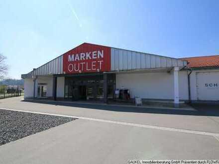 Markenoutlet: Modernisierte Handelsfläche direkt an der B19!