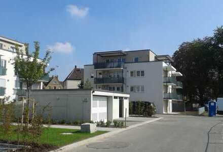 Exklusive, neue 2-Zimmer-Wohnung mit Balkon und Einbauküche in Augsburg, Pfersee /Dierig-Park