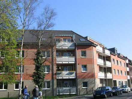 Moderne 3-Zimmer Dachgeschosswohnung im Zentrum von Krefeld-Hüls