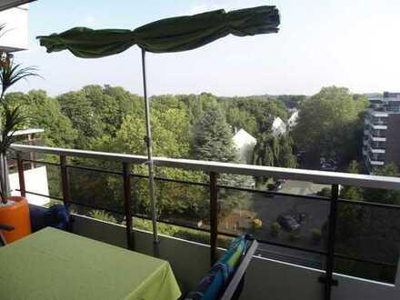Penthouse-Feeling: lichtdurchflutete, moderne 4-Zi-Wohnung im obersten Geschoss, 3 Loggien,Fernblick
