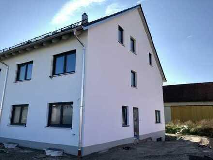 Erstbezug! 2-Zimmer DG-Wohnung in Hallbergmoos