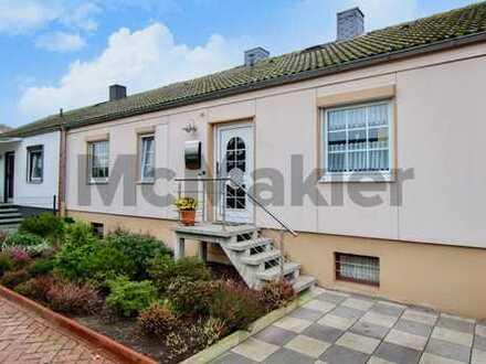 Altersgerechtes Wohnen: Schöner 3-Zi.-Bungalow mit Garten in attraktiver Lage von Bremen