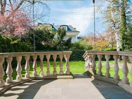Herzogpark! Sonniges Grundstück mit Mehrfamilienhaus bebaut in Bestlage