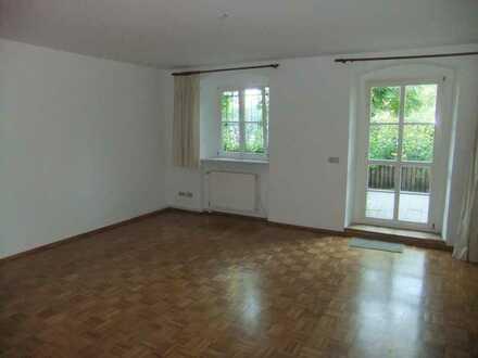 Ruhige Zwei-Zimmer Wohnung mit Terrasse
