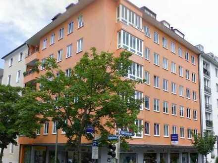 Sonnige 2-Zimmer-Wohnung am Josephsplatz ** frisch saniert **