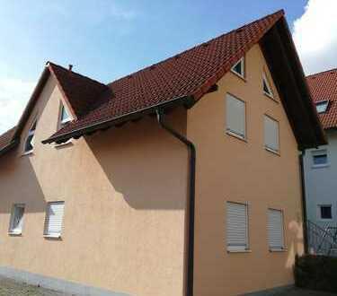Stilvolle, gepflegte 1-Zimmer-Erdgeschosswohnung mit Einbauküche in Hambrücken