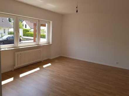 Sanierte, helle 3,5-Zimmerwohnung im Erdgeschoss mit beheizbaren Wintergarten (Westausrichtung)