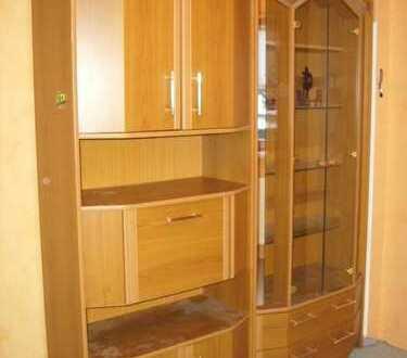 Möbliertes Zimmer in Einfamilienhaus