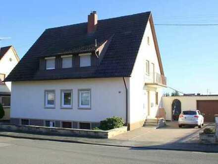 Mehlingen - Zweifamilienhaus in ruhiger Wohnlage
