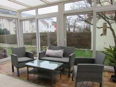 ***Mehrgenerationenhaus für die große Familie mit 1361 m² Grundstück***