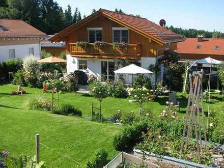 Traumhaftes Einfamilienhaus für Gartenliebhaber in Irschenberg Ort