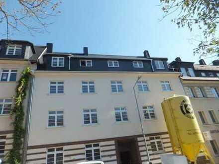 Erschwingliche und neuwertige Wohnung mit drei Zimmern und Balkon in Chemnitz