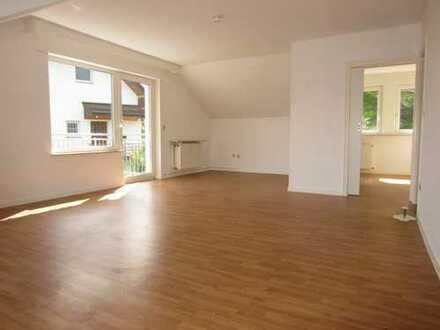 3-4 Zimmer-Wohnung mit Sonnenbalkon und EBK in Bad Schwalbach