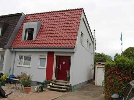 Doppelhaushälfte in einem ruhigen Wohngebiet in Wyhlen