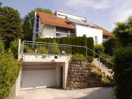 Herrenberg: Stilvolles, ruhiges Wohnen in exkl. Wohnlage am Schloßberg