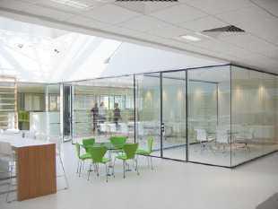 Repräsentative Gewerbeflächen in zentraler Lage zur Nutzung als Büro, Praxis oder Ladenlokal