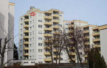Wohnen über den Dächern von Hofherrnweiler 2 Zi. Wohnung mit herrlichem Ausblick