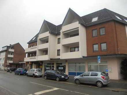 Soller Immobilien - Helle und gut geschnittene 3 Zimmer Dachgeschosswohnung mit Loggia!