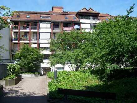 Exklusive, gepflegte Weststadt - 2 Zimmer-Wohnung mit Balkon