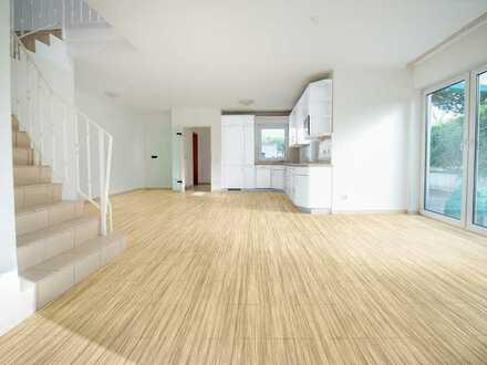 Eigener Zugang (Haus im Haus) - Erstbezug nach Sanierung - 4 Zimmer Wohnung inkl. Terrasse