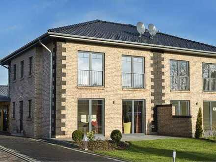 Neubau eines massiven Doppelhauses in KfW55 Bauweise