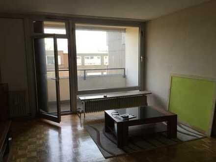 Gepflegte 1-Zimmer-Wohnung mit Balkon und Kitchenette in Göttingen-Stadtmitte