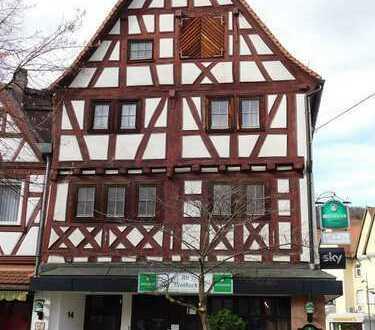Für Kenner und Liebhaber: charmantes Wohn-/Geschäftshaus mit Ausbaupotential, beste Zentrumslage..!