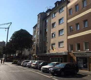 Schöne Dachgeschosswohnung in der Kölner Südstadt zu vermieten