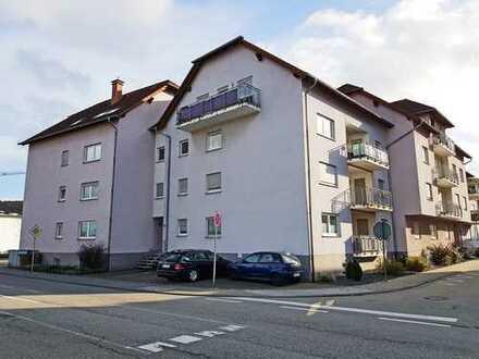 4-Zimmer-DG-Wohnung mit Balkon und EBK nähe Bahnhof