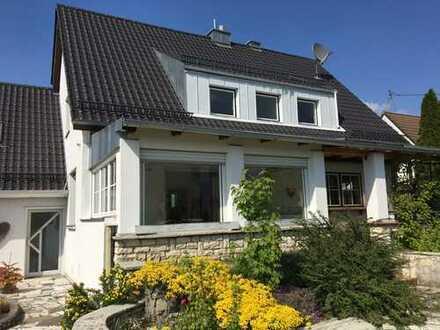 Außergewöhnliches Einfamilienhaus mit Charakter und großem Grundstück sucht Individualisten!!