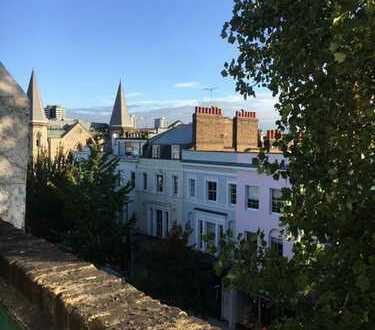 Cosy Notting Hill flat - refurbished with roof terrace