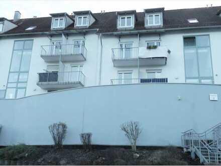 Möbliertes 1-Zimmer-Terrassen-Appartment mit EBK in Albstadt-Ebingen
