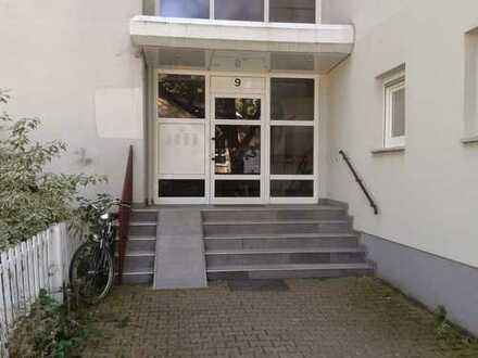 Hübsche 2 Zimmer Wohnung in ruhiger Lage mit Balkon