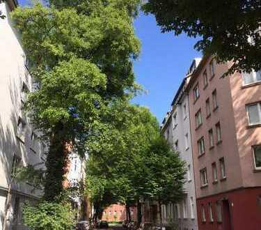 Maisonette-DG-Wohnung mit Terrasse/Balkon im Gerichtsviertel