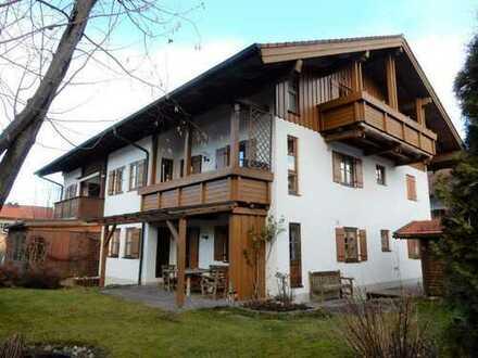 """Holzkirchen, ruhige Bestlage """"Haid"""" 3-Zi-Whg. 96 m² Wfl., optimaler Grundriss 2 Bäder, neue EBK, SW-"""