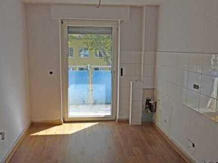 5970 - Sanierte 3-Zimmerwohnung mit Balkon in der Südstadt!