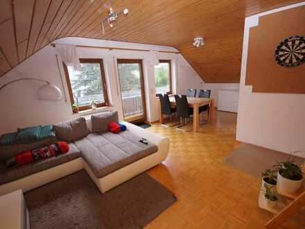 Schöne und gepflegte Dreizimmerwohnung in einer sehr ruhigen Lage zu vermieten!