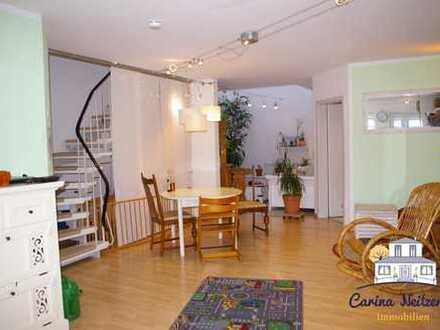 Ideal für Familien: 4 ZKB Maisonette-Wohnung über 3 Etagen mit eigenem Eingang