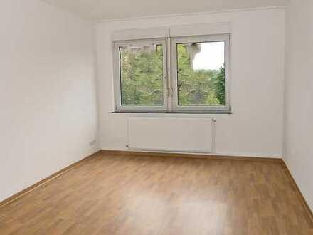 5974 - 3-Zimmerwohnung mit Balkon in Mühlburg!